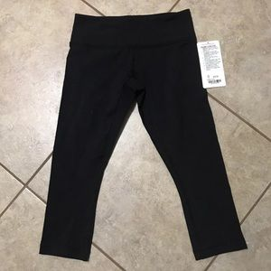 Lululemon Wunder Under Mid-Rise Black Crops